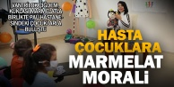 Vantrilok Çiğdem Dağtekin ve kuklası Marmelat hasta çocuklara moral verdi