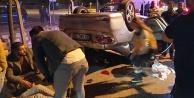 Takla atan otomobildeki 3 genç yaralandı