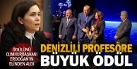 Prof. Beyazıt, Halil İnalcık Özel Ödülüne layık görüldü, Cumhurbaşkanı Erdoğanın elinden aldı