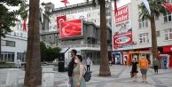 Büyükşehirden dev ekranda İstiklal Marşı