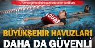 Yüzme eğitmenlerine cankurtaranlık sertifikası