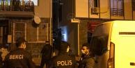 Atalarda ikinci kattan düşen İranlı kadın yaralandı