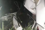 Hurdaya dönen otomobilde 2 kişi yaralandı
