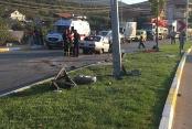 Otomobil direğe çarptı: 1 ölü, 2'si çocuk 4 yaralı