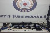 Silah kaçakçılığı operasyonunda iki kişi tutuklandı