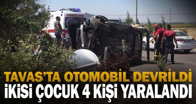 Tavas'ta otomobilin devrilmesi sonucu ikisi çocuk 4 kişi yaralandı